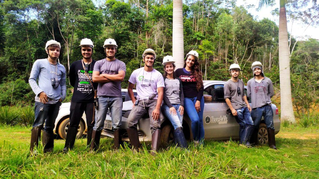 Equipe que realizou a ida a campo para o I nventário Florestal
